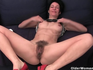 Cougar, Granny, Hairy, Masturbating, Mature, Milf, Mom, Mother, Solo