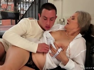 Grandma, Kissing, Old and young, Sucking