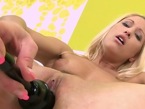 Blondes, Cameltoe, Dildo, Jerking, Masturbating, Nude, Posing, Pussy, Sex toys, Speculum, Stockings, Swollen pussy, Tease