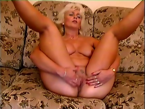 Blondes, Mature, Moaning, Pleasure, Pussy, Sex toys