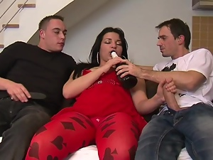 Brunettes, Chubby, Drunk, Handjob, Hardcore, Long hair, Mmf, Pussy, Reality, Share, Threesome