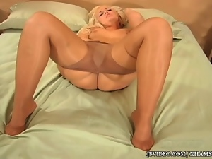 Blondes, Chubby, Foot fetish, Masturbating, Pantyhose, Stockings, Toes, Upskirt