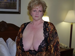 Amateur, Big tits, Mature, Wife