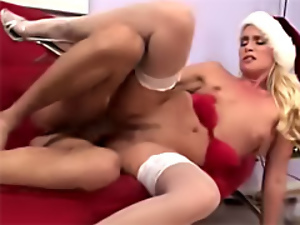 Cougar, Housewife, Mature, Milf, Mom, Xmas