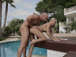 Blondes, Fantasy, Handjob, Vacation