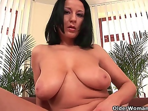 Big tits, Boobs, Masturbating, Mature, Milf, Mom, Pussy, Soccer, Tits, Workout