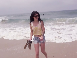 Beach, Blowjob, Brunettes, Glasses, Outdoor, Pov, Shorts