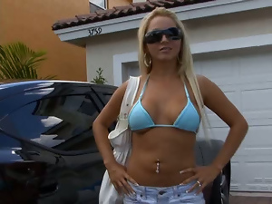 Amateur, Blondes, Car, Glasses, Long hair, Neighbor, Outdoor, Reality