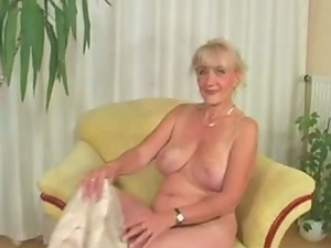 Bitch, Blondes, Blowjob, Busty, Fingering, Granny, Hairy, Masturbating, Mature, Old, Pussy, Sex toys
