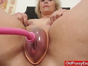 Bbw, Blondes, Cougar, Doctor, Fat, Hospital, Masturbating, Mature, Milf, Mom, Old, Pussy