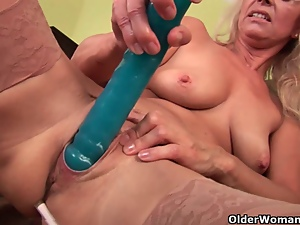 Dildo, Granny, Mature, Milf, Mom, Old, Pussy, Stockings, Tits