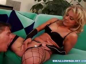 Fishnet, Pornstars, Squirting