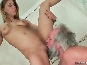 Femdom, Licking, Old, Old and young, Pussy, Shower, Young