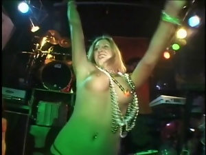 Beads, Flashing, Tits