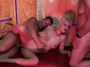 Blondes, Blowjob, Granny, Hardcore, Mature, Old man, Riding, Threesome