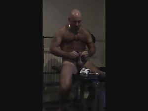 Amateur, Bear, Gay, Gym, Masturbating