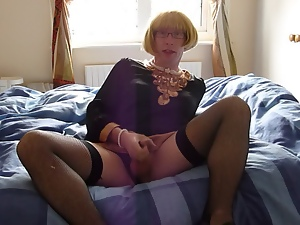 Amateur, Crossdressing, Gay, Masturbating, Strip, Xmas