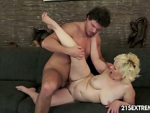 Babes, Beautiful, Big butt, Blondes, Cowgirl, Cumshots, Facials, Glamour, Granny, Hardcore, Mature, Messy facials, Missionary, Natural pussy