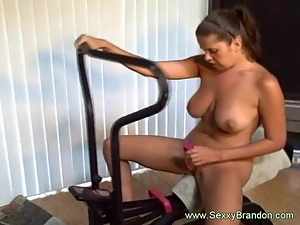 Dildo, Facials, Kinky, Machine sex, Pussy, Solo, Squirting, Wet