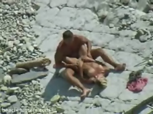 Amateur, Beach, Blowjob, Couple, Dick, Spy, Sucking, Voyeur